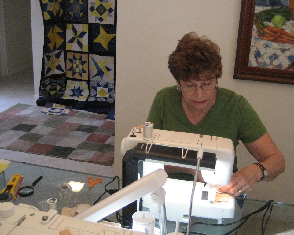 06 Diana Sews